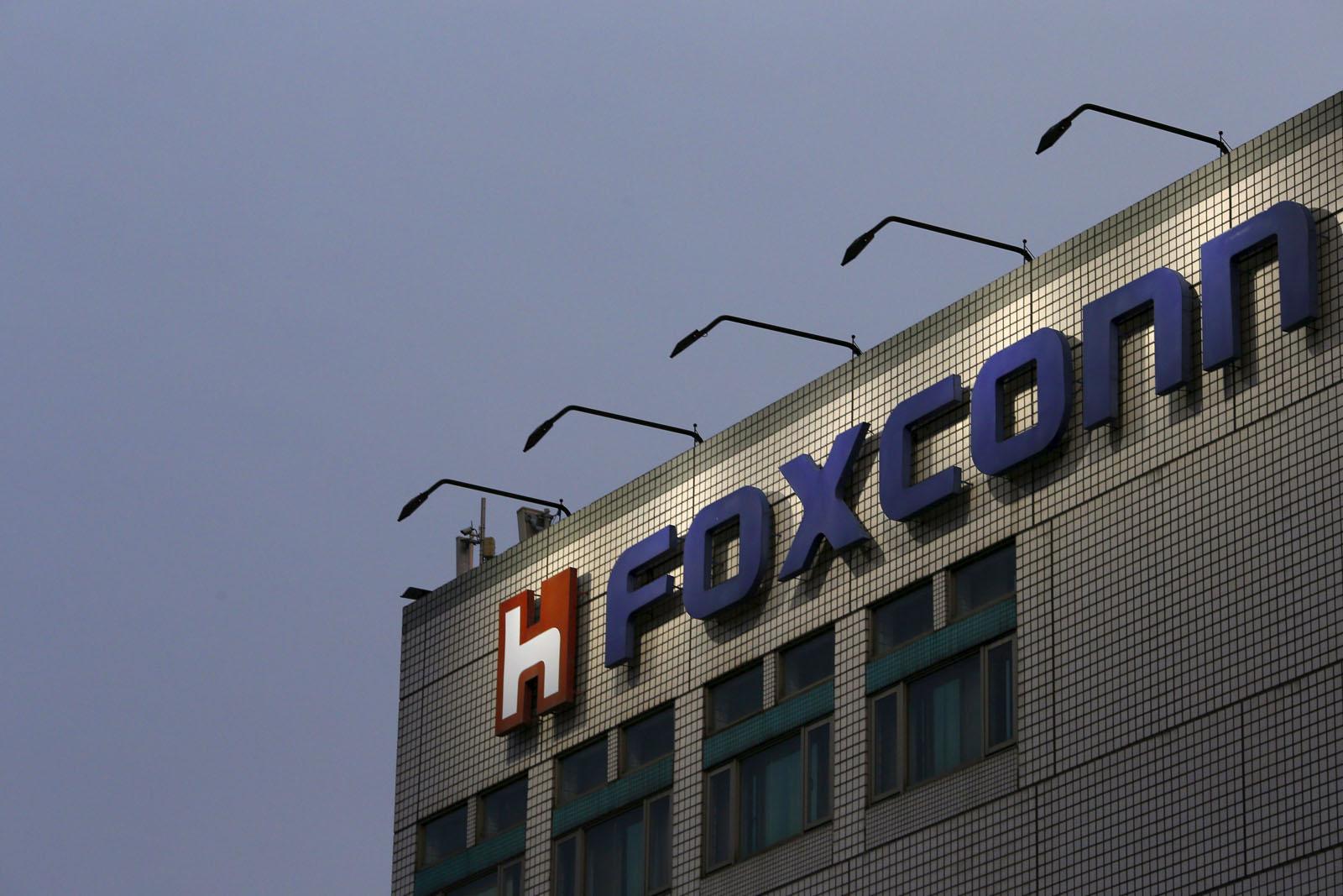 Foxconn - svetapple.sk