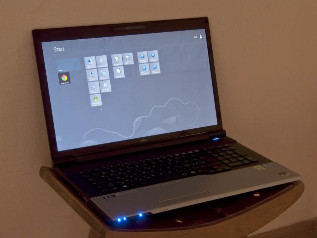 Fujitsu Lifebook N532 s Windows 8