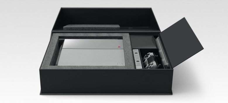 Sony Playstation 4 Anniversary 06