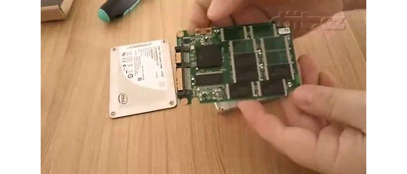 Intel SSD 311 Larson Creek 20GB (advanced unboxing)