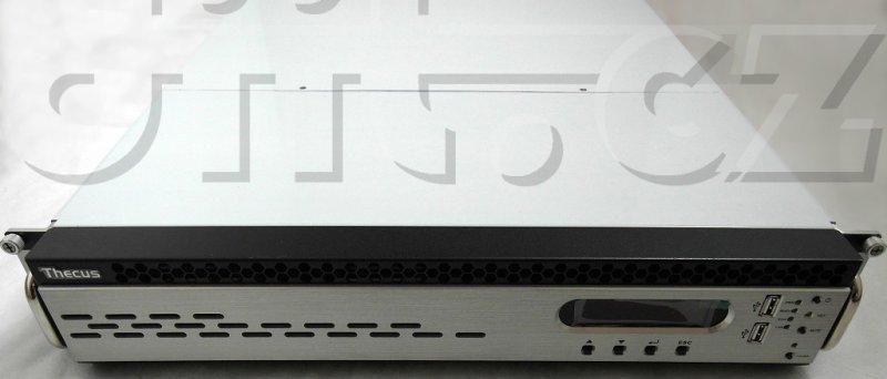 Thecus N12000 - čelní pohled