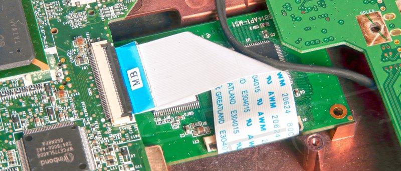 Acer Aspire One Zg 5 Umisteni Puvodniho Ssd