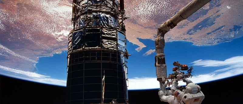 STS-62 hubble oprava