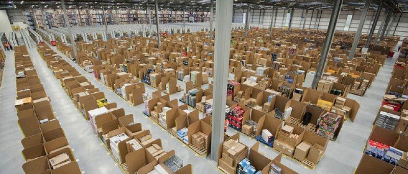 Amazon sklady 02