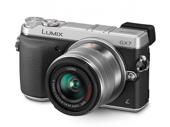 Panasonic Lumix DMC-GX7 - Obrázek 1