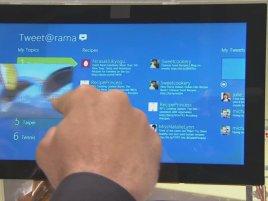 Windows 8 - multitasking (přepínání aplikací přetažením zleva)