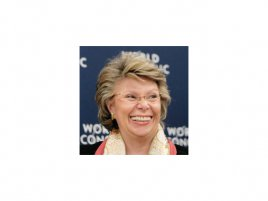 Viviane Reding (zdroj: www.flickr.com/photos/worldeconomicforum/374711503/sizes/o/in/photostream)