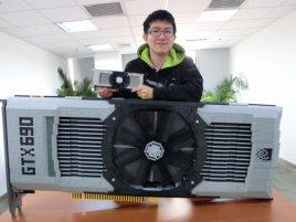 GeForce GTX 690 lego 01