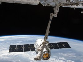 SpaceX Dragon s ISS