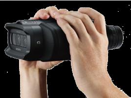 Sony DEV-5 v ruce