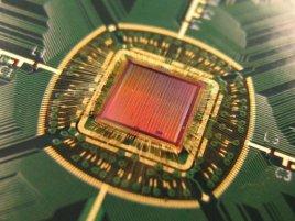 Cyclos Semiconductor Resonant Clock Mesh chip