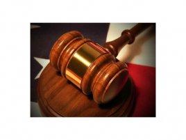Soud kladívko palička spor