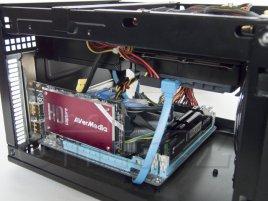 Testovací sestava s kartou AVerMedia DarkCrystal HD Capture SDK II PCIe