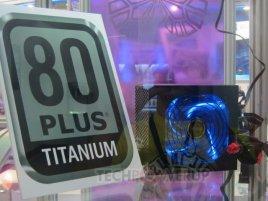 Super_Flower_80_PLUS_Titanium